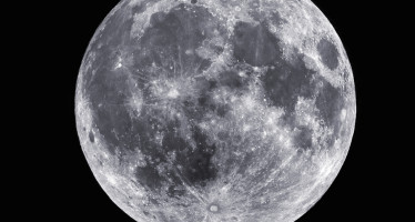 Photograph of the full moon